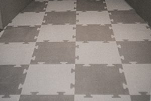 Flexisurf Interlocking Tiles checkerboard pattern of light and dark gray