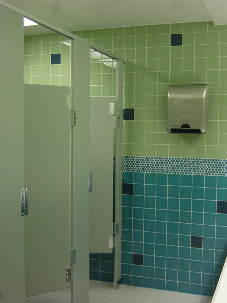 HDPE Privacy Stalls Yemm Hart - Bathroom partitions nyc